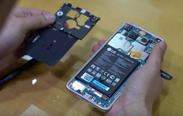 LG Phone Repairs in Leeds - Screen repair in minutes