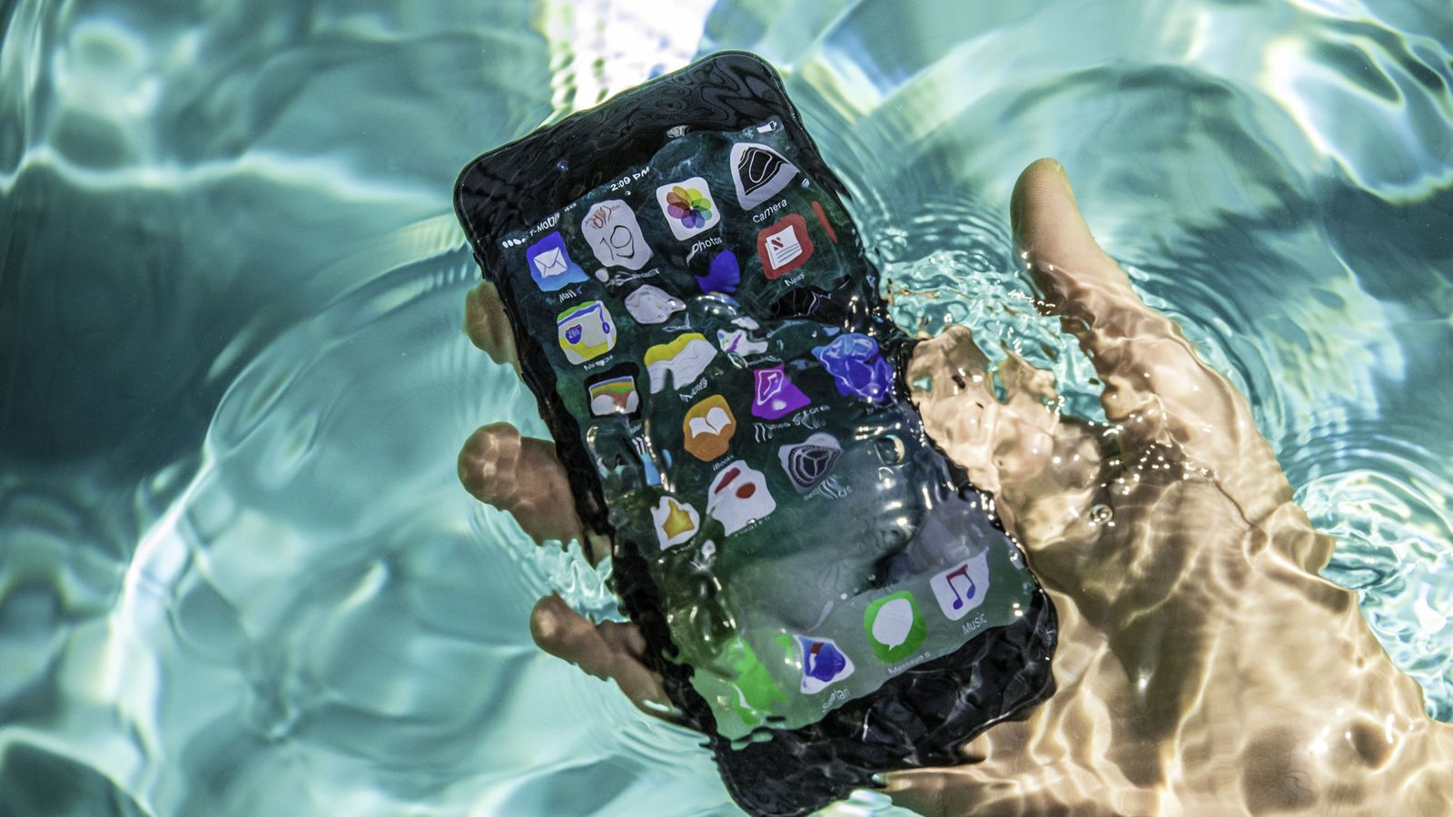 online store dc0ad 2fe07 Phone Water Damage Repair Leeds | iPhone Repair Leeds